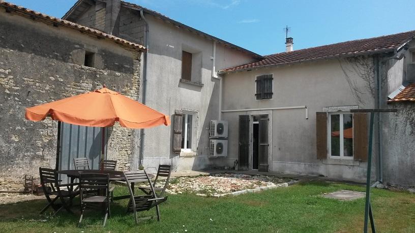 Vente secteur brioux s boutonne maison r nover jardin garage - Garage saint christophe niort ...
